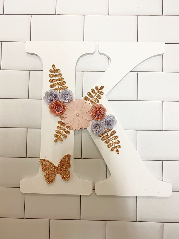 Read more about the article Decorating A Wooden Letter With The Cricut