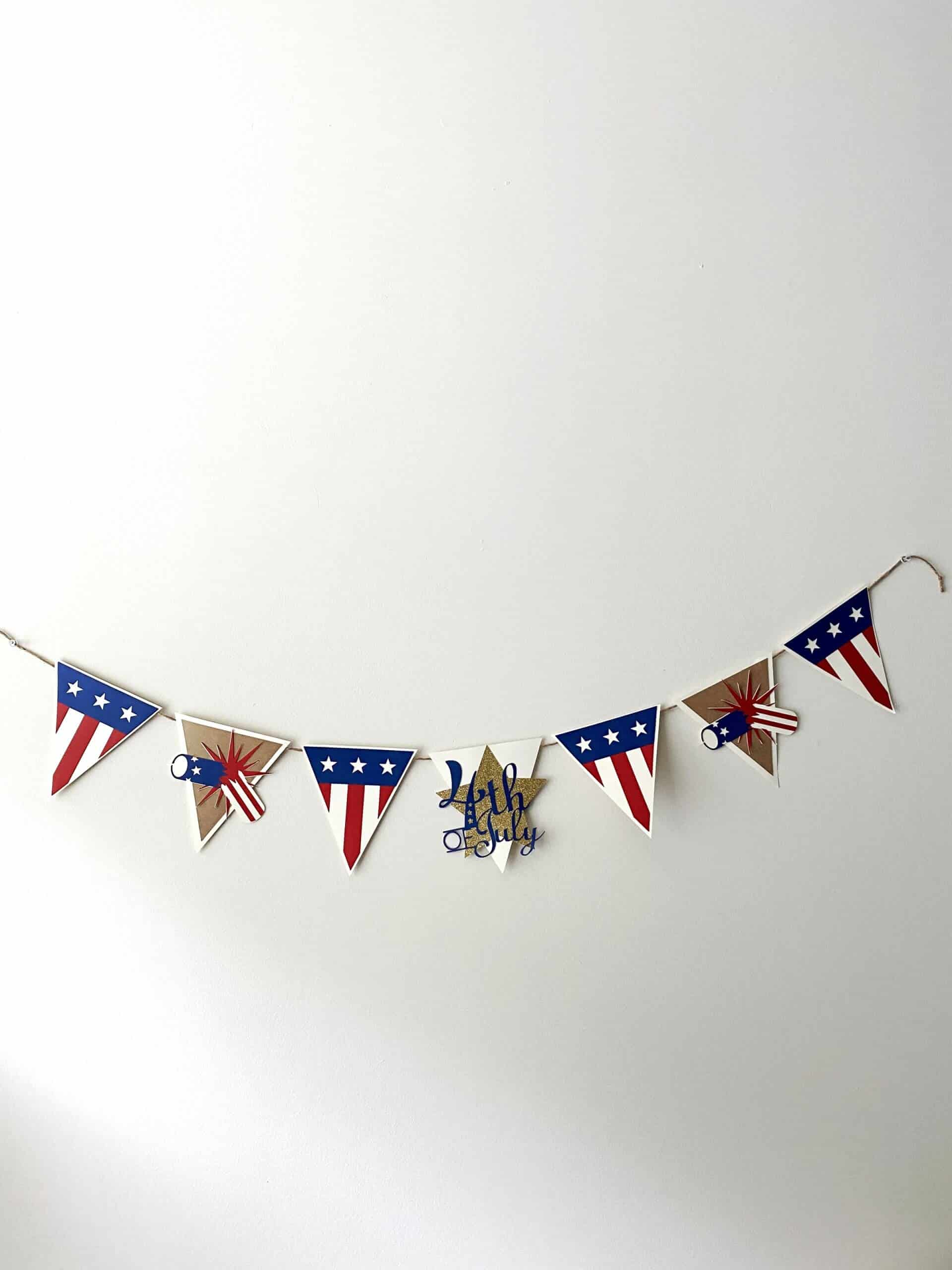Make This 4th of July Banner With Your Cricut