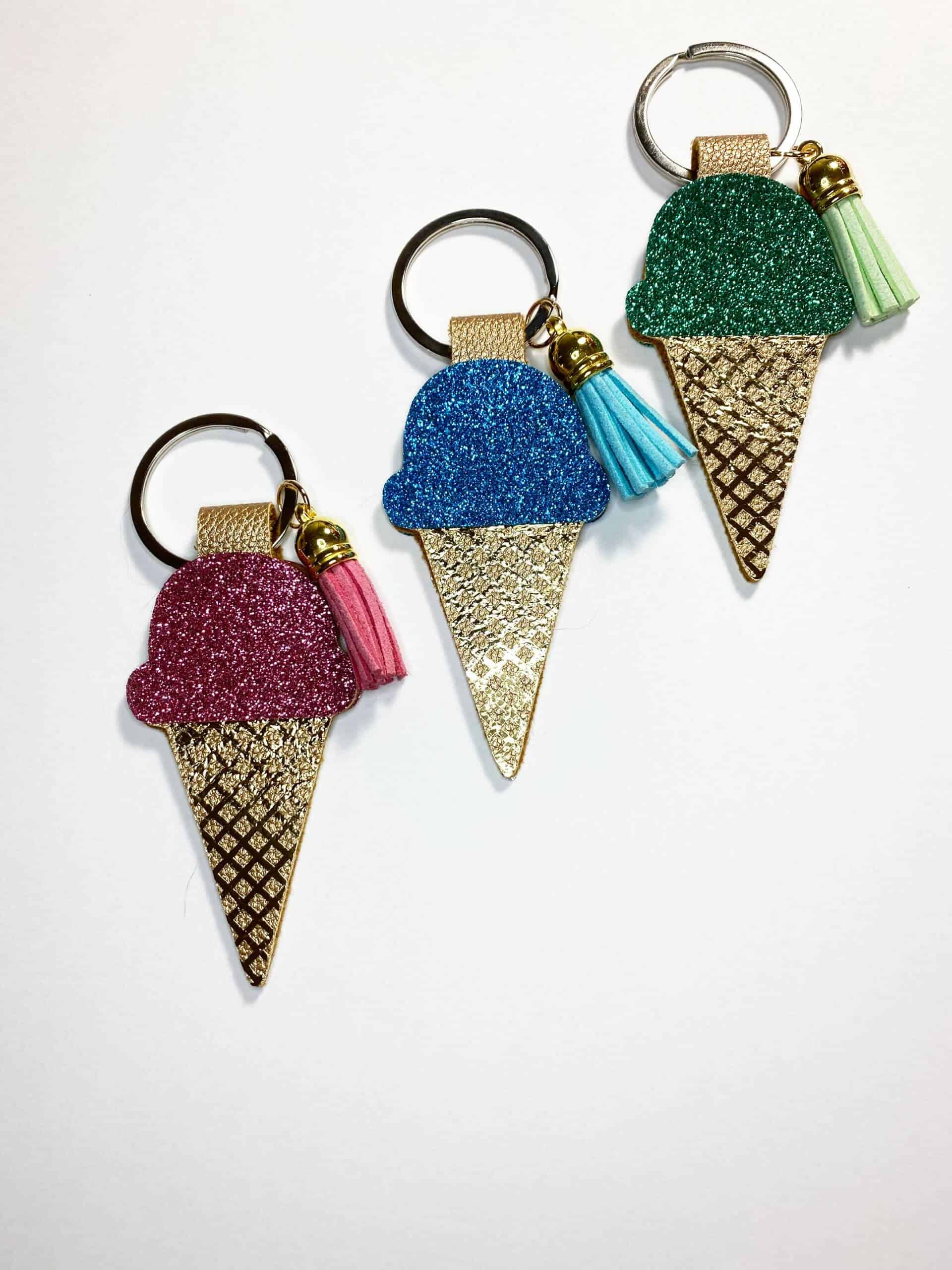 Read more about the article DIY Ice Cream Cone Keychains With the Cricut